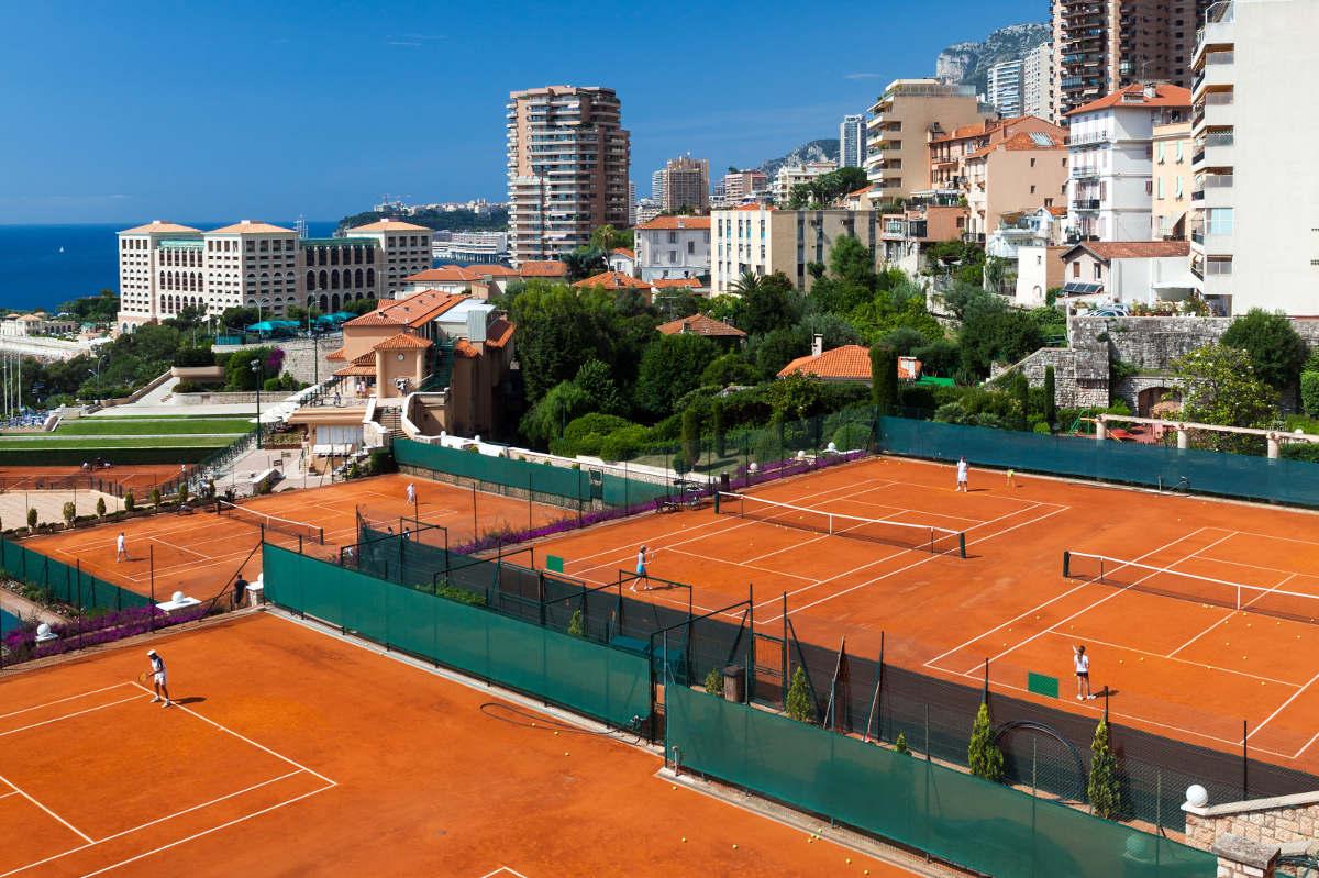 Foto einer Tennisanlage im Tennisurlaub