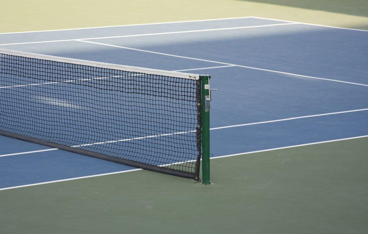 Foto von einem Tennis Hartplatz
